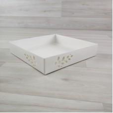Коробка Имир 16 (160х160х30) без разделителей и цветного декора