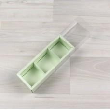 Коробка Карме 3 салатовый с прозрачным шубером